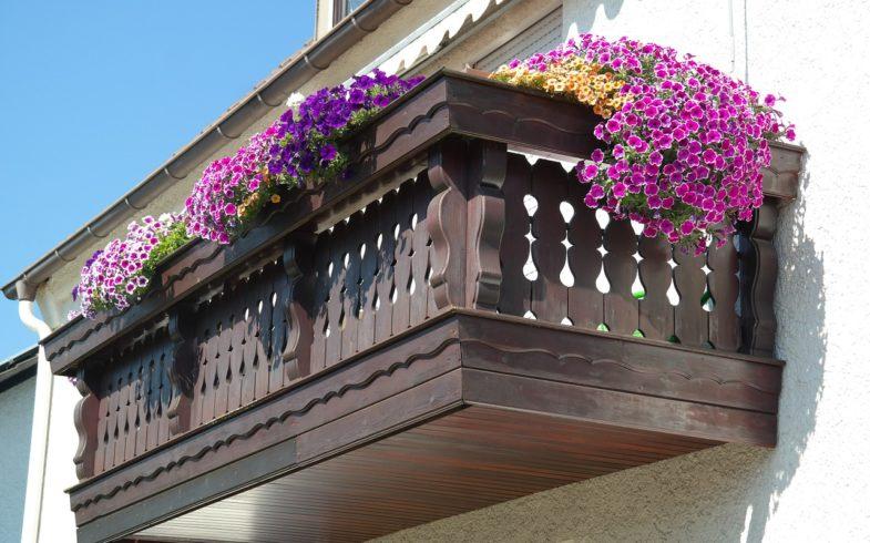 Balcony Gardening: Creating Beautiful Garden Spaces on the Patio